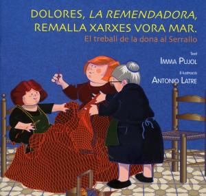 Dolores, la remendadora, remalla xarxes vora mar
